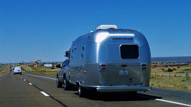 tracter caravane